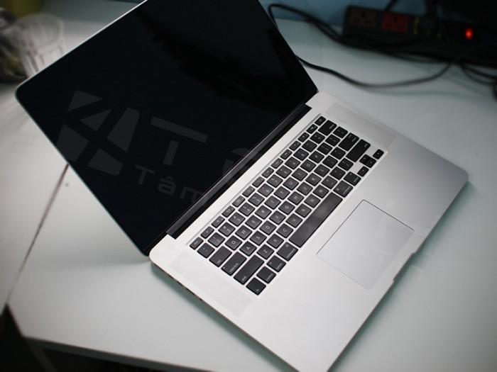 Hướng dẫn kiểm tra laptop cũ trước khi mua